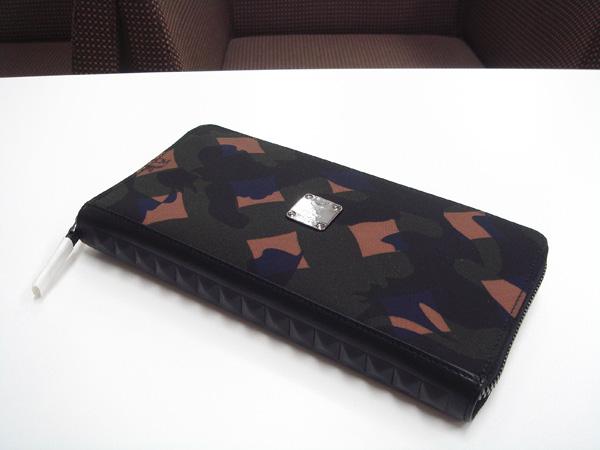 MCM カモフラ 財布