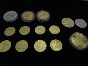 金貨 記念メダル (1)