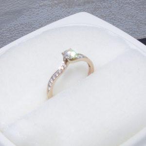 K18ダイヤモンド指輪